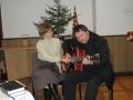 Muzicē mācītājs Arnis un Danuta